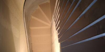 diseno exclusivo de escaleras junto a KERAKOLL DESIGN HOUSE