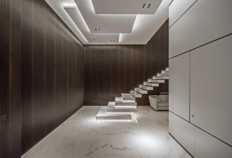 escaleras-marmol-flotantes-reforma-integral